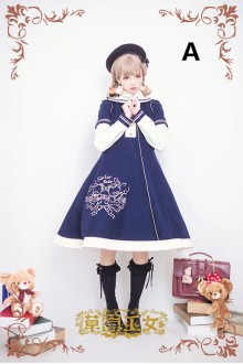 Bear Illustration Strawberry Witch Woolen Embroidery Lolita Coat 3 Colors